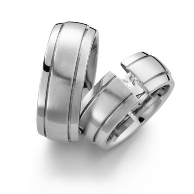 61-9346 Stainless Love by Corini